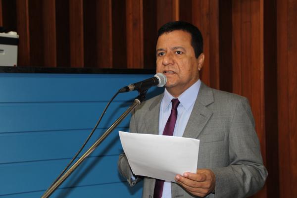 De acordo com o deputado, os moradores do residencial alegam esquecimento do poder público