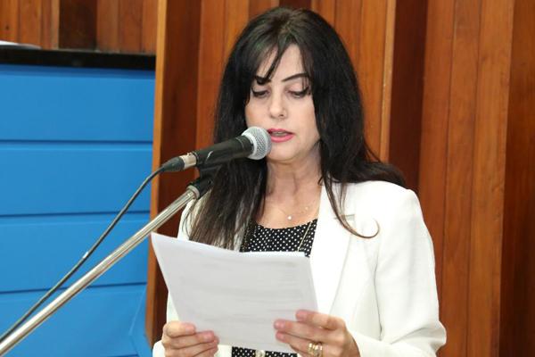 Para Mara Caseiro, o que ocorre é uma movimentação política nos bastidores para que o foco saia dos verdadeiros culpados e que a situação seja invertida