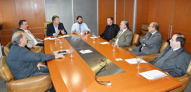 Durante o encontro, a Abrafiltros apresentou os detalhes do programa e esclareceu sobre a necessidade de elaboração de Edital de Chamamento