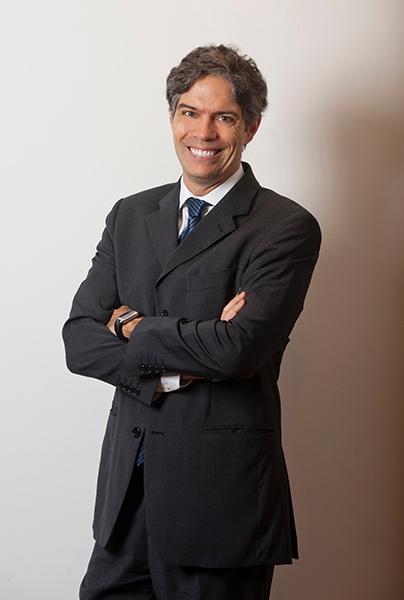 Economista e consultor financeiro de investimentos Ricardo Amorim