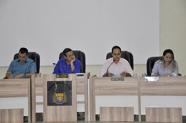 Cãmara Municipal de São Gabriel do Oeste durante sessão na terça-feira