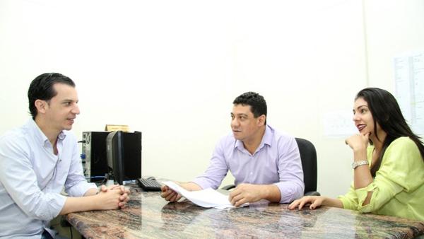 O ouvidor do Servidor Municipal, Manoel Carlos Cali, salienta que o novo canal que possibilita esse contato direto com a ouvidoria também tem como objetivo acolher o servidor