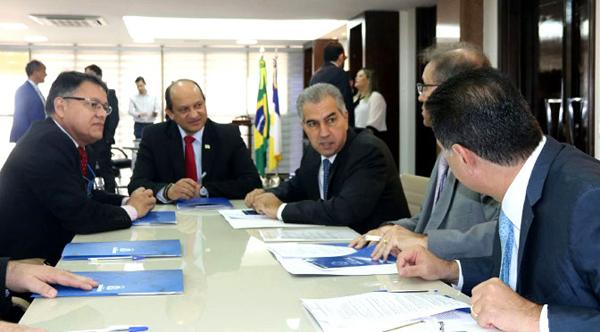 O ministro da Integração Nacional, Helder Barbalho, também participou das discussões