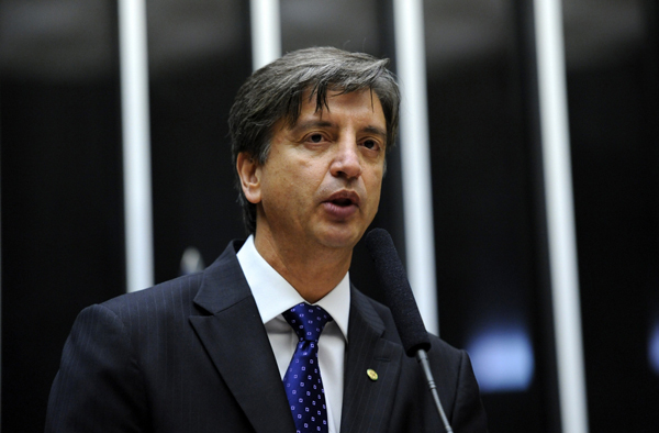 As eleições diretas vão garantir as necessárias credibilidade e legitimidade para o próximo presidente afirma o deputado Dagoberto