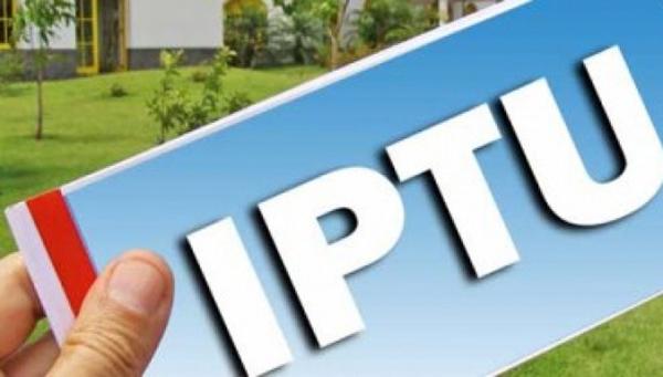 O pagamento pode ser feito nas agências bancárias credenciadas ou na Central do IPTU