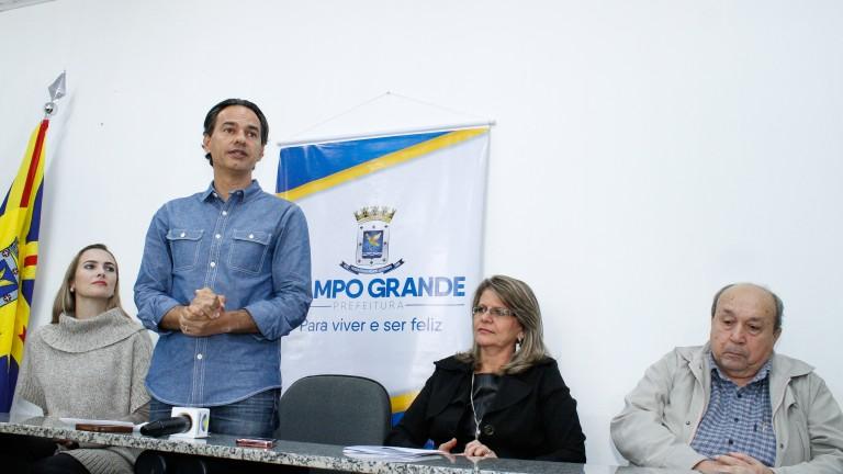 Trad: o investimento já previsto no Orçamento, para a edição deste ano do Arraial de Santo Antônio de Campo Grande, era de R$ 500 mil, mas que a atual gestão conseguiu otimizar os recursos e esse valor caiu para R$ 200 mil