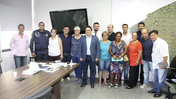 Além dos sindicatos, a Prefeitura também está conversando com a Câmara de Vereadores sobre a necessidade da reforma.