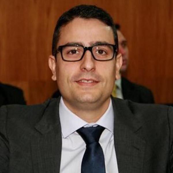 José Belga Assis Trad é advogado