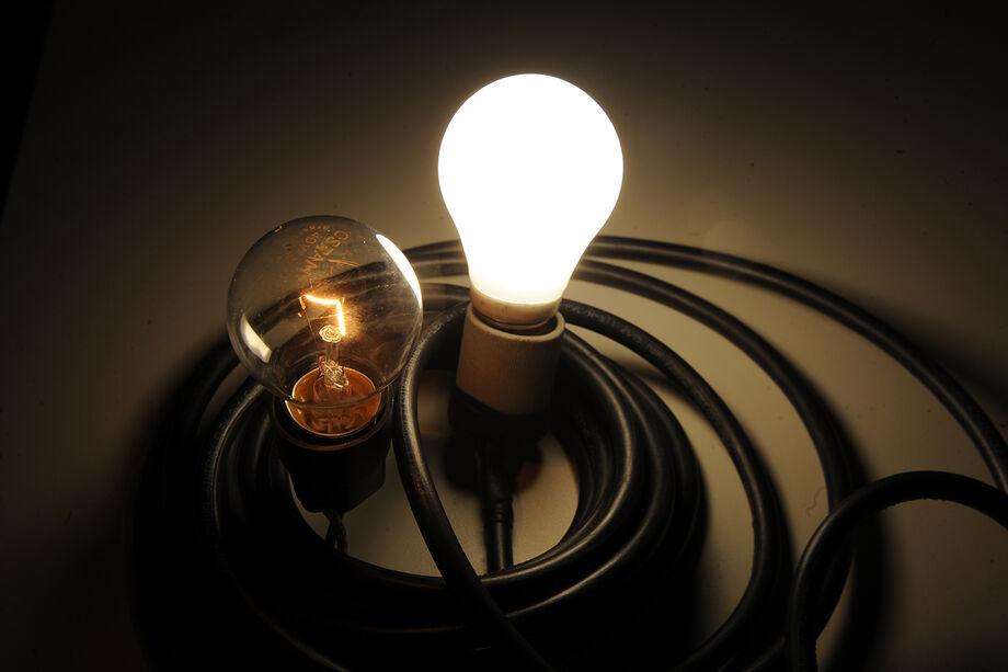 Criado pela Agência Nacional de Energia Elétrica (Aneel), o sistema de bandeiras tarifárias sinaliza o custo real da energia gerada, possibilitando aos consumidores o bom uso da energia elétrica