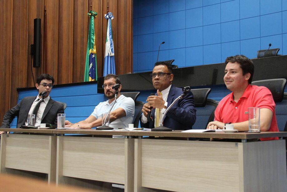Victor Miranda, Pedro Kemp, Ben-Hur e João Henrique durante encontro da Segunda Legal