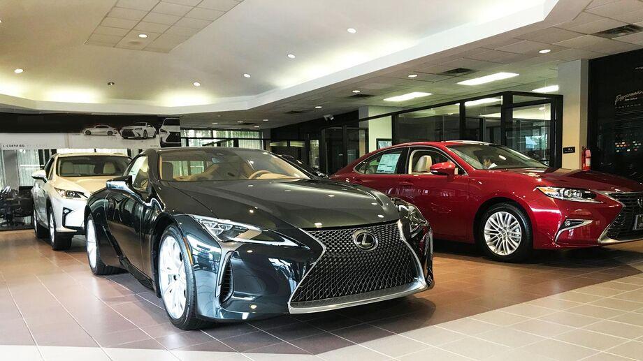 As vendas de veículos híbridos da Lexus aumentaram quase 20% em 2018 em relação ao ano anterior, um resultado que ressalta a herança e o comprometimento da marca com a eletrificação