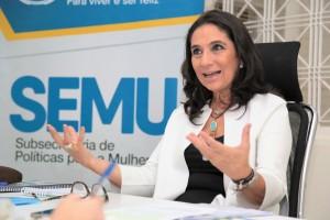 A subsecretária de Políticas Públicas para a Mulher, Carla Stephanini.