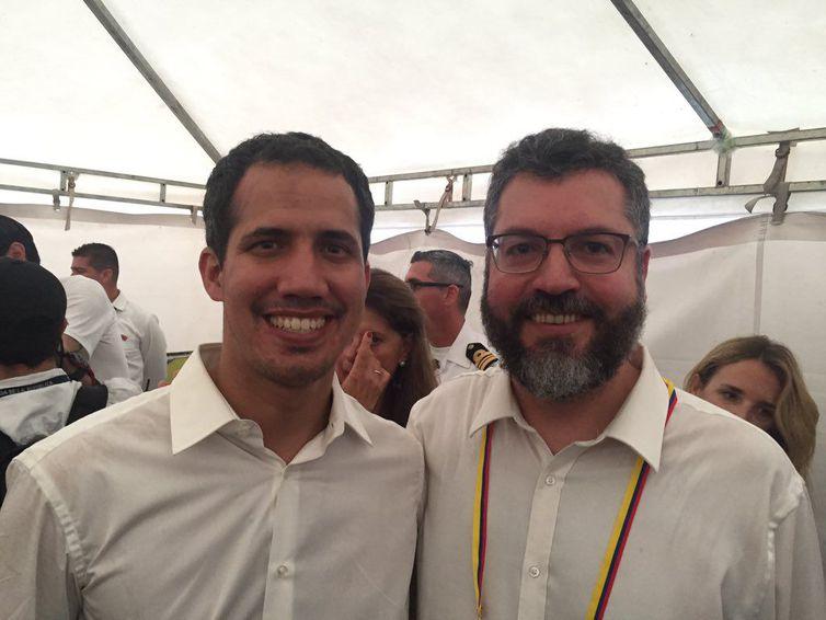 Ernesto Araújo/Redes Sociais