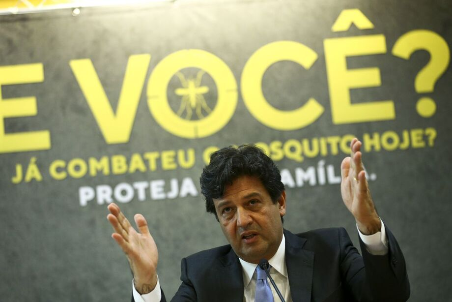 Mandetta promove vacinação em conjunto com o Paraguai