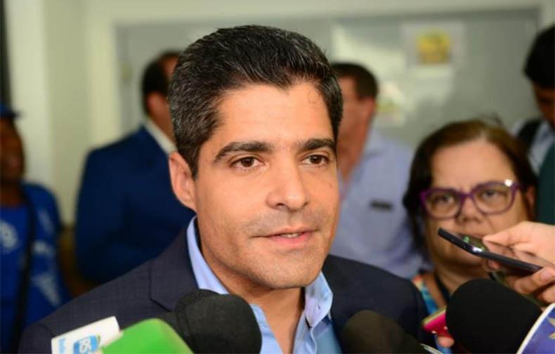 ACM Neto: 'Não vou me envolver nessa confusão. Esse é um problema do PSL e do grupo do presidente Bolsonaro'