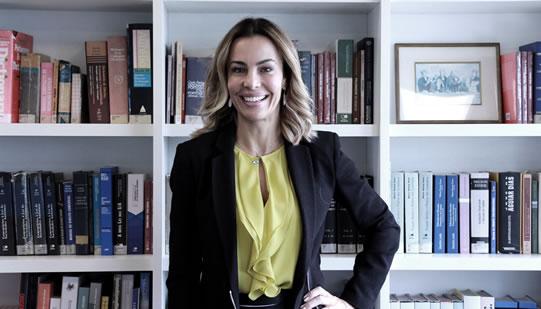 Mariana é sócia do Moreau Valverde Advogados