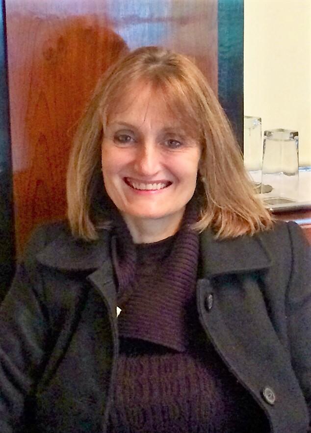 Andrea Modolin - advogada
