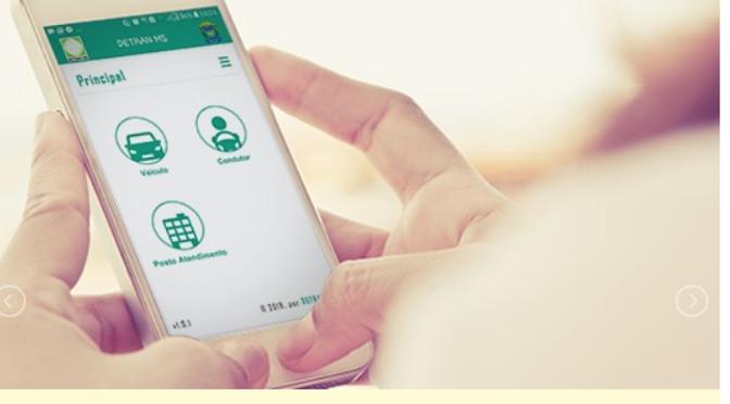 Ao favoritar a ferramenta, selecionando a estrela no canto direito da tela, a opção vai para o topo da tela inicial, ficando disponível sempre que o app é aberto no celular.