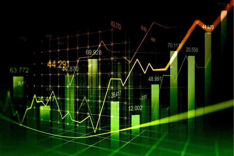 A mediana das expectativas para o câmbio no fim do ano seguiu em R$ 5,20, ante R$ 5,40 de um mês atrás.