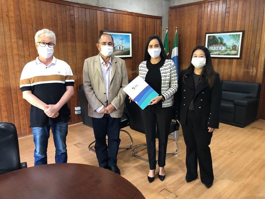 Nesta segunda-feira (29.06), a Superintendência do Patrimônio da União no Estado de Mato Grosso do Sul (SPU/MS) firmou um termo de cessão de uso de imóvel com o Governo do Estado de Mato Grosso do Sul, por meio da Secretaria de Estado de Administração e D