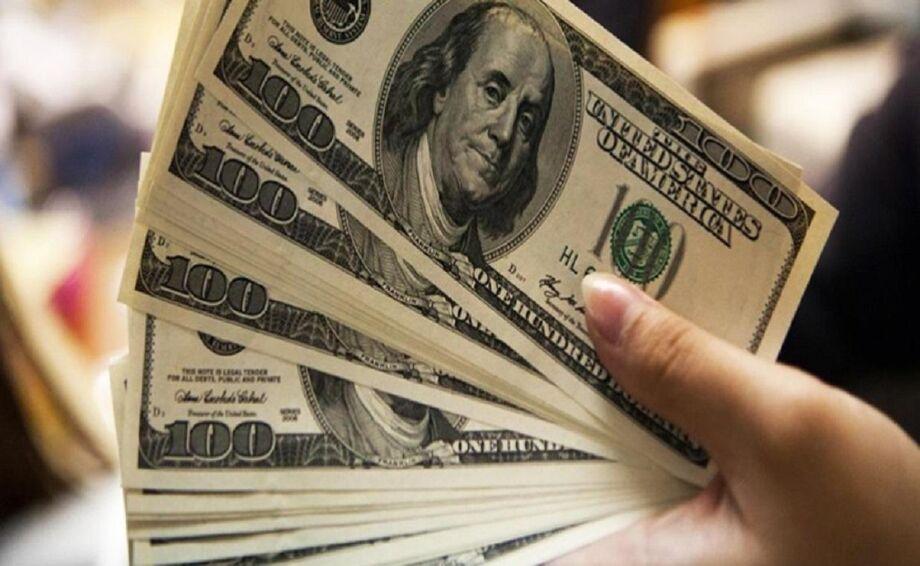No mercado futuro, o dólar para agosto, que hoje passou a ser o contrato mais líquido, era negociado em R$ 5,4495 às 17h, com ganho de 0,79%