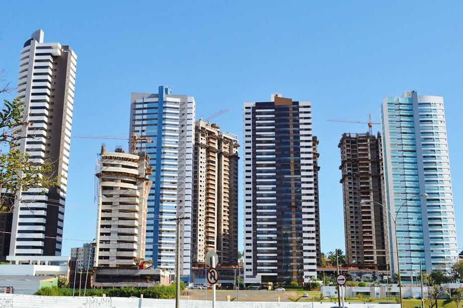 Desde que o coronavírus chegou ao Brasil, há quase quatro meses, o cenário do setor imobiliário apresenta uma ligeira mudança