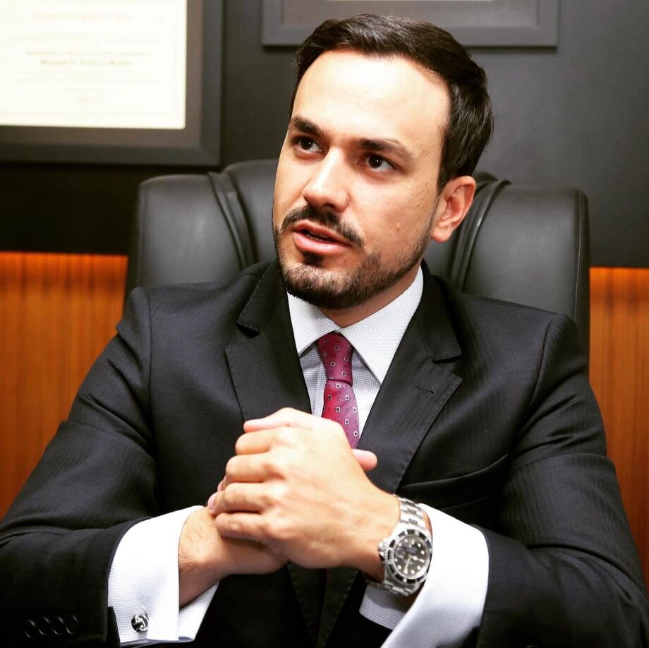 Douglas Oliveira, advogado e sócio do escritório Oliveira, Vale, Securato & Abdul Ahad Advogados