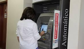 A administração municipal está quitando a folha de pagamento dentro do prazo legal, que é no 5º dia útil de cada mês