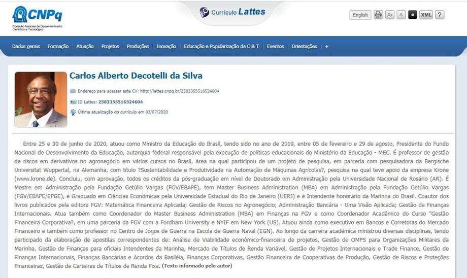 Carlos Alberto Decotelli inclui cargo de ministro da Educação em currículo
