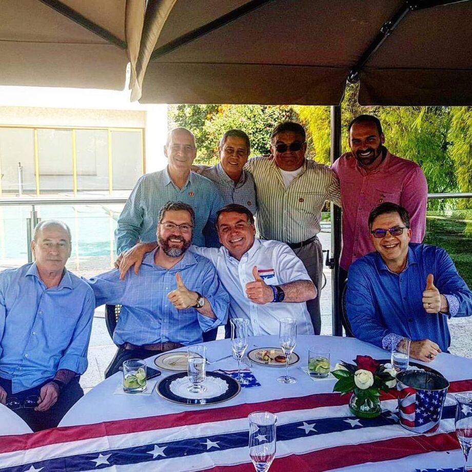 Jair Bolsonaro em comemoração pelo aniversário da independência dos Estados Unidos