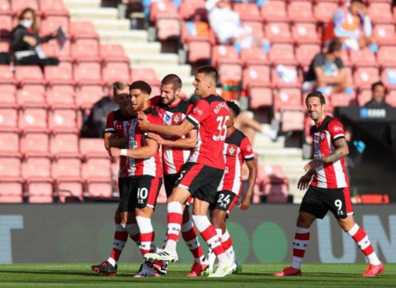 Com um golaço de Che Adams, quase do meio de campo, o Southampton aproveitou para vencer um aparente desmotivado Manchester City, neste domingo, em jogo válido pela 33.ª rodada do Campeonato Inglês