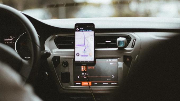 Remuneração mínima a motoristas de aplicativos é cassada