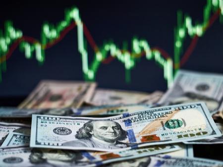 Dólar amanheceu em baixa