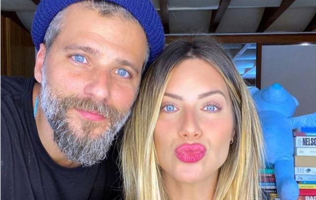 Bruno Gagliasso e Giovanna Ewbank tiveram recentemente o terceiro filho, Zyan
