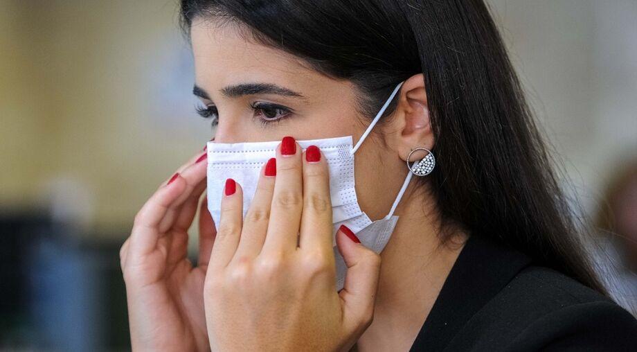 As máscaras caseiras, desde que bem confeccionadas, são recomendadas pelo próprio Ministério da Saúde