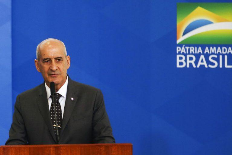 A decisão foi assinada pelo presidente Jair Bolsonaro e pelo ministro da Defesa, Fernando Azevedo e Silva.