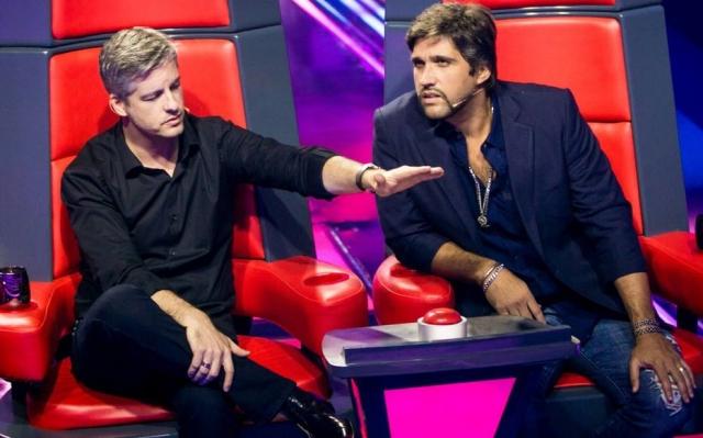 A dupla sertaneja Victor e Leo à época em que eram jurados do 'The Voice