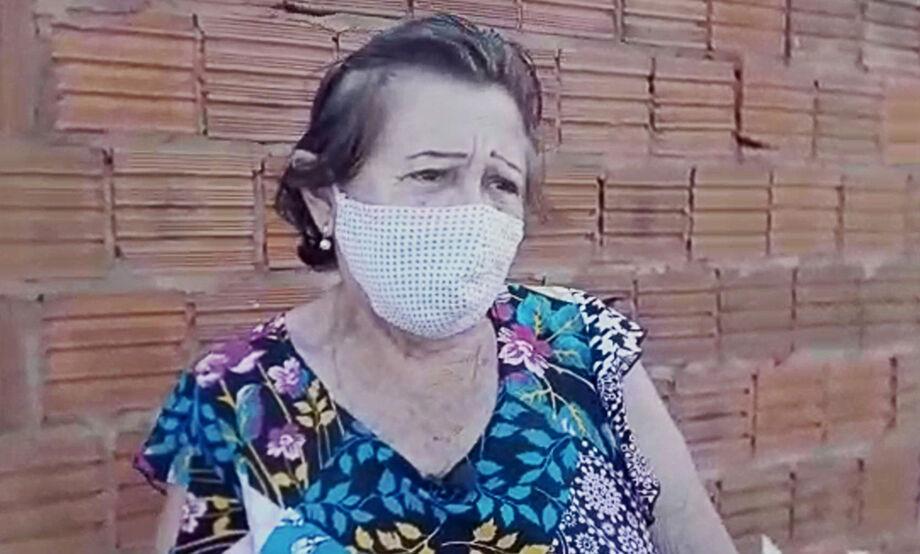 Dona Eracy Fernandes, de 74 anos