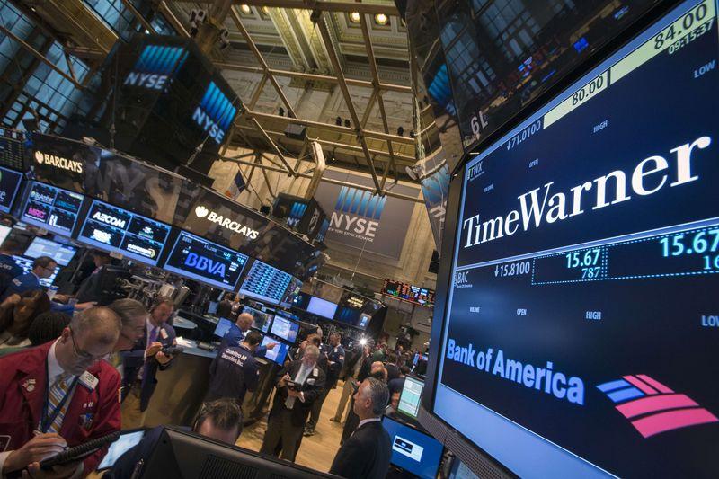 As bolsas de Nova York fecharam nesta sexta, 31, em território positivo, sustentadas por alguns balanços que surpreenderam positivamente os investidores