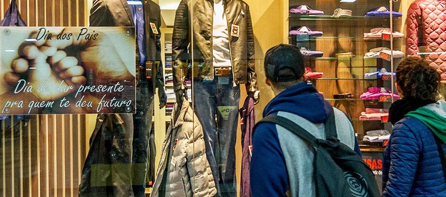 Os 32% dos entrevistados alegaram que devem comprar no shopping, pelo conforto e praticidade