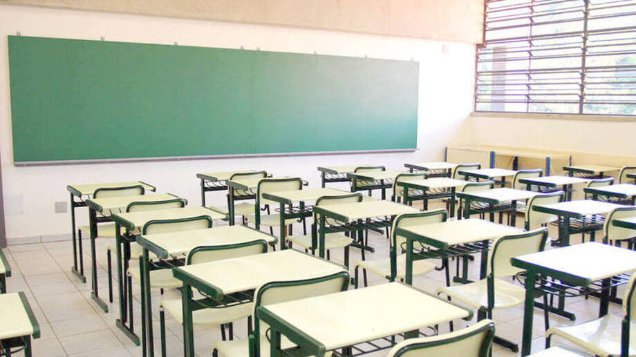 Escolas estão fechadas por causa da quarentena para combater o novo coronavírus