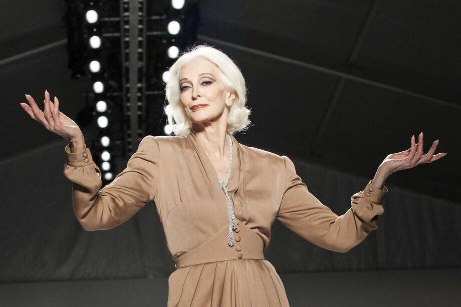 Cor de cabelo de Carmen Dell'Orefice, modelo que foi referência para Meryl Streep