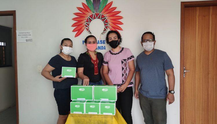 """Isso daqui é nossa ferramenta de trabalho no enfrentamento da pandemia na população indígena"""", diz a coordenadora da Sesai"""