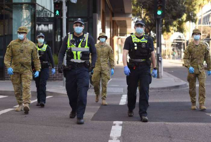 Estado australiano retoma restrições para frear aumento de casos de Covid-19