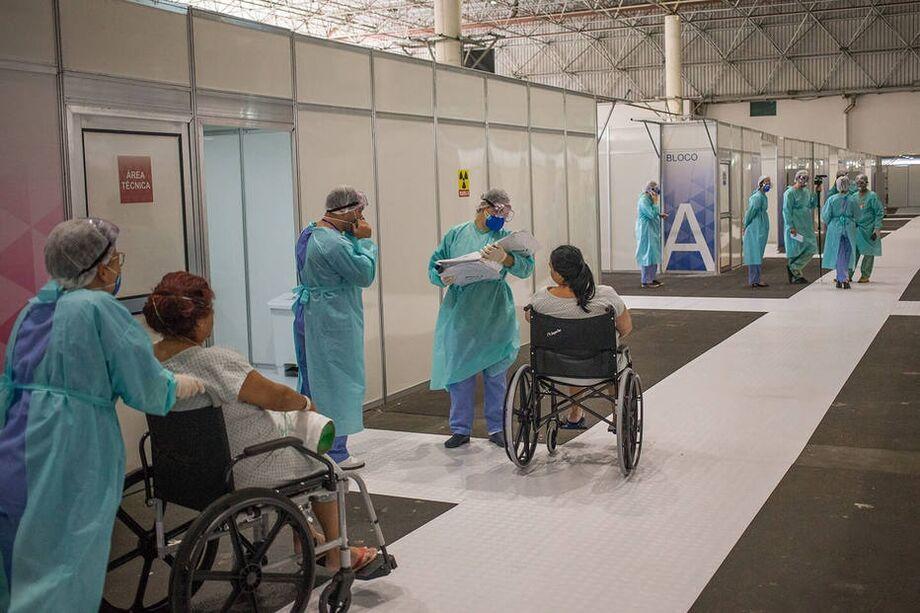 Hospital de campanha no Anhembi, em São Paulo