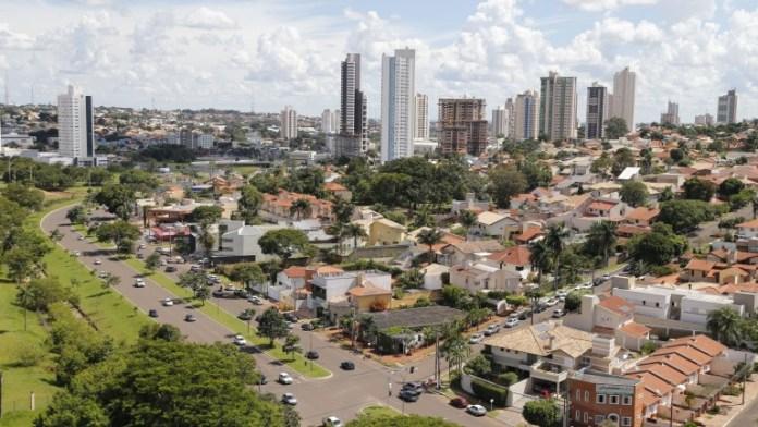 As temperaturas em Campo Grande poderão atingir mínima de 19°C e máxima de 32°C.