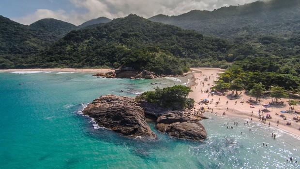 O município também decidirá, nos próximos dias, se todas as praias da Ilha Grande serão liberadas ao turismo.