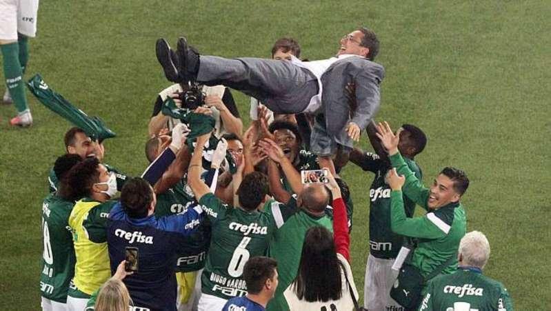 Luxemburgo é campeão mais uma vez pelo Palmeiras