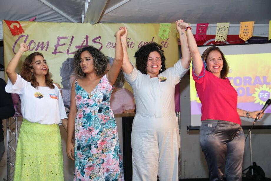 Eugênia Lima (candidata ao Senado), Gerlane Simões (candidata a vice-governadora), Danielle Portela (candidata a governadora) e Albanise Pires (Senado) participaram de chapa 100% feminina do PSOL para as eleições 2018 em Pernambuco.