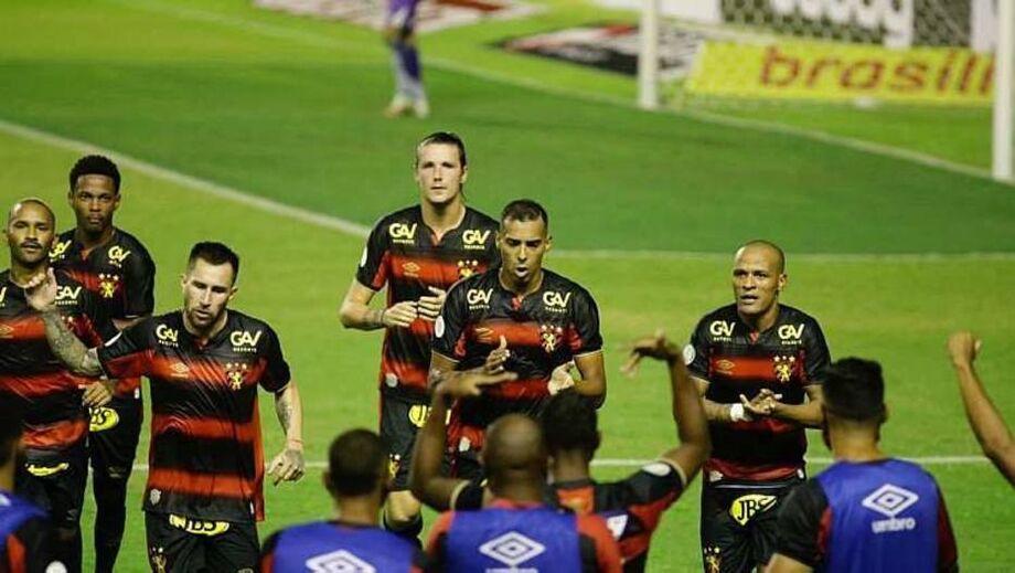 Sport derrotou a Ponte Preta na estreia do Brasileirão